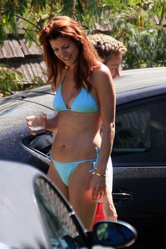 kate-walsh-bikini-photos-twink-facial-cumshot-videos
