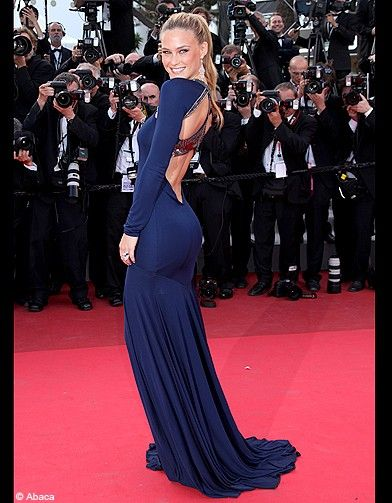 Jennifer Lawrence Full Body 2015