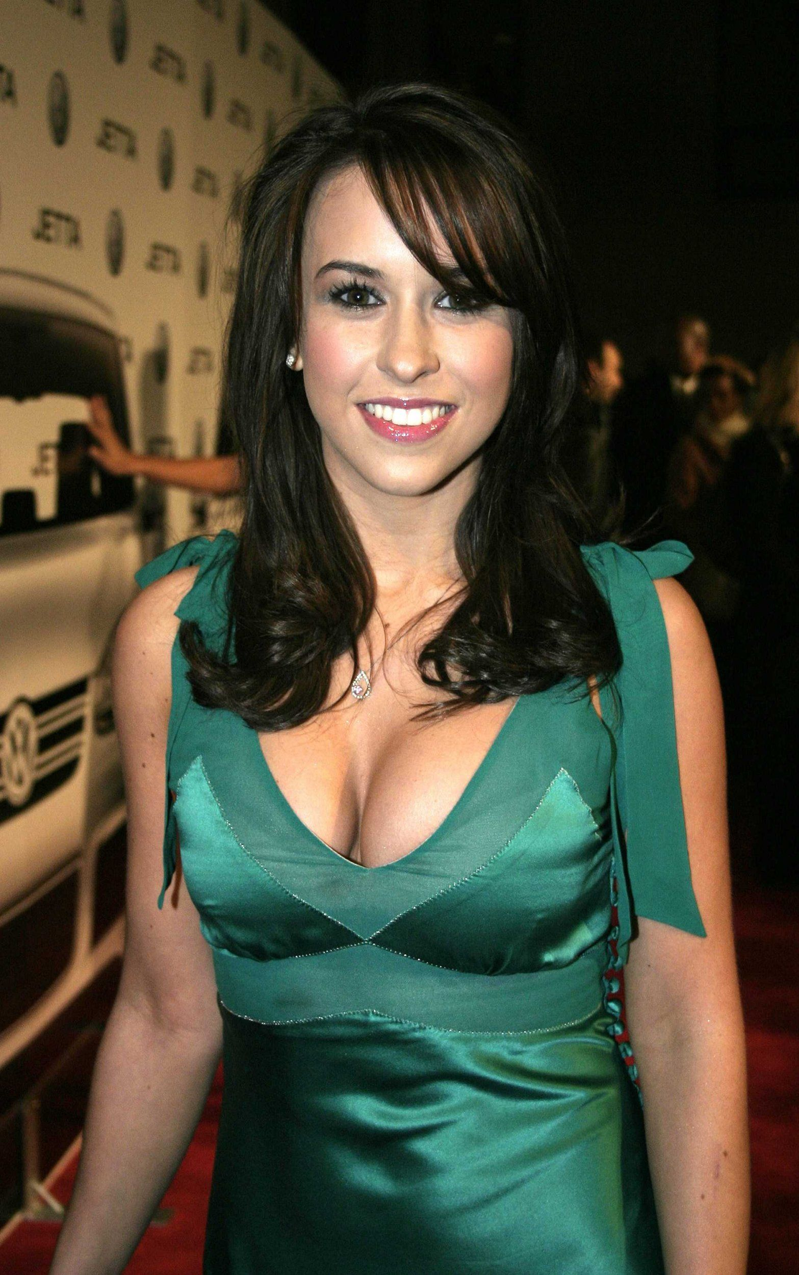 lacey-chabert-fake-xxx-total-drama-island-black-girls-naked-no-guys