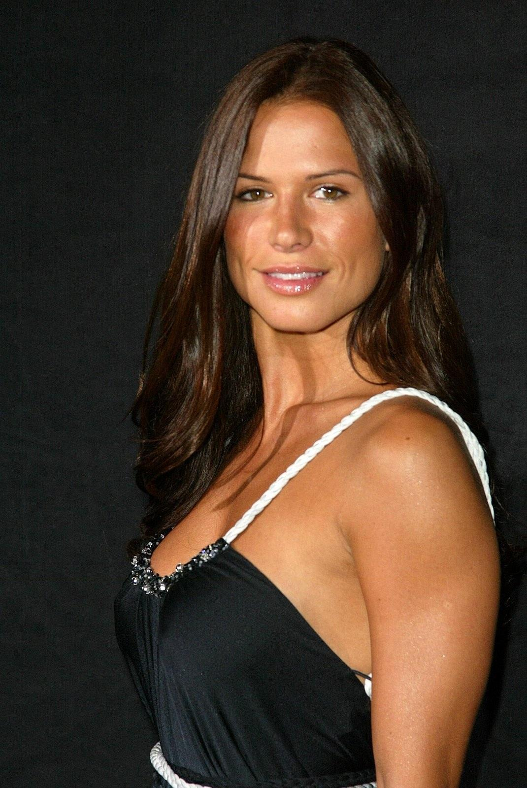 Bikini Rhona Mitra nude (17 photo), Sexy, Hot, Boobs, in bikini 2020