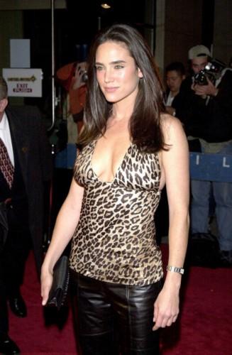Fcba History 11 Nov 2005 Jennifer Aniston Vs Jennifer Connelly
