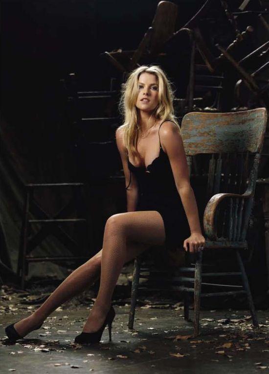 Jennifer Garner Bikini   GarnerWatch Daily Mail
