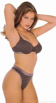 Catherine Bell desnuda - Fotos y Vídeos -