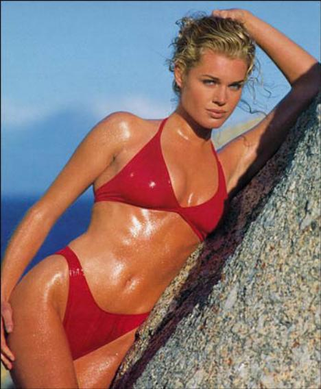 FCBA HISTORY / 15 July 2000 Title Ch Charlize Theron Vs