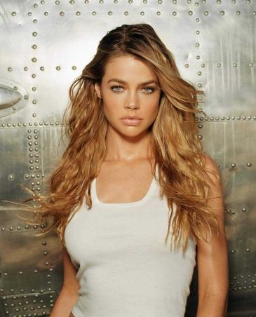 denise richards naked pics