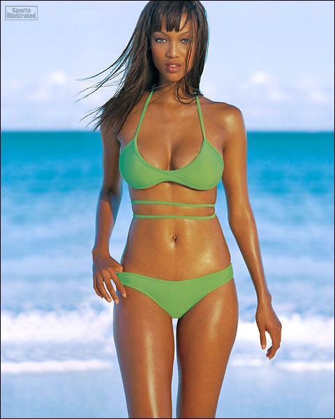 Tyra Banks Young: FCBA HISTORY / 9 September 1999 Tyra Banks Vs Rebecca Romijn