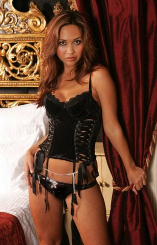 Hot mylene johnson has hardcore public sex in paris - 2 4