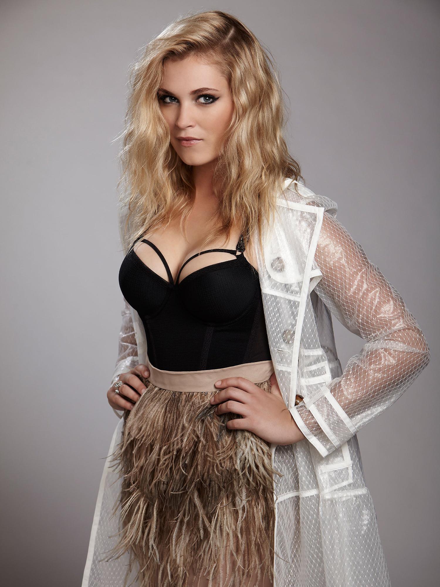Eliza jane taylor-cotter bikini
